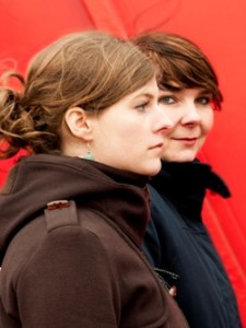 Lisa Sommerfeld, Daniela Rieß (v.li.)